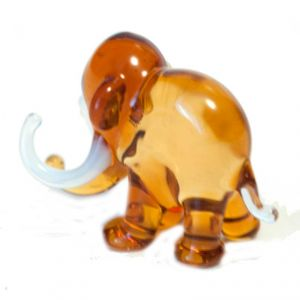 Brown Glass  Elephant Figurine, fig. 3