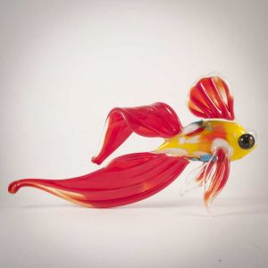 Glass Red Fish Figure, fig. 1