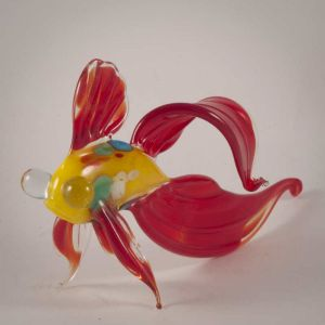 Glass Red Fish Figure, fig. 3