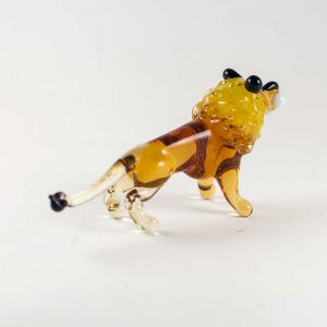 Blown Glass Lion, fig. 5