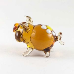 Little Piggy Figurine, fig. 4